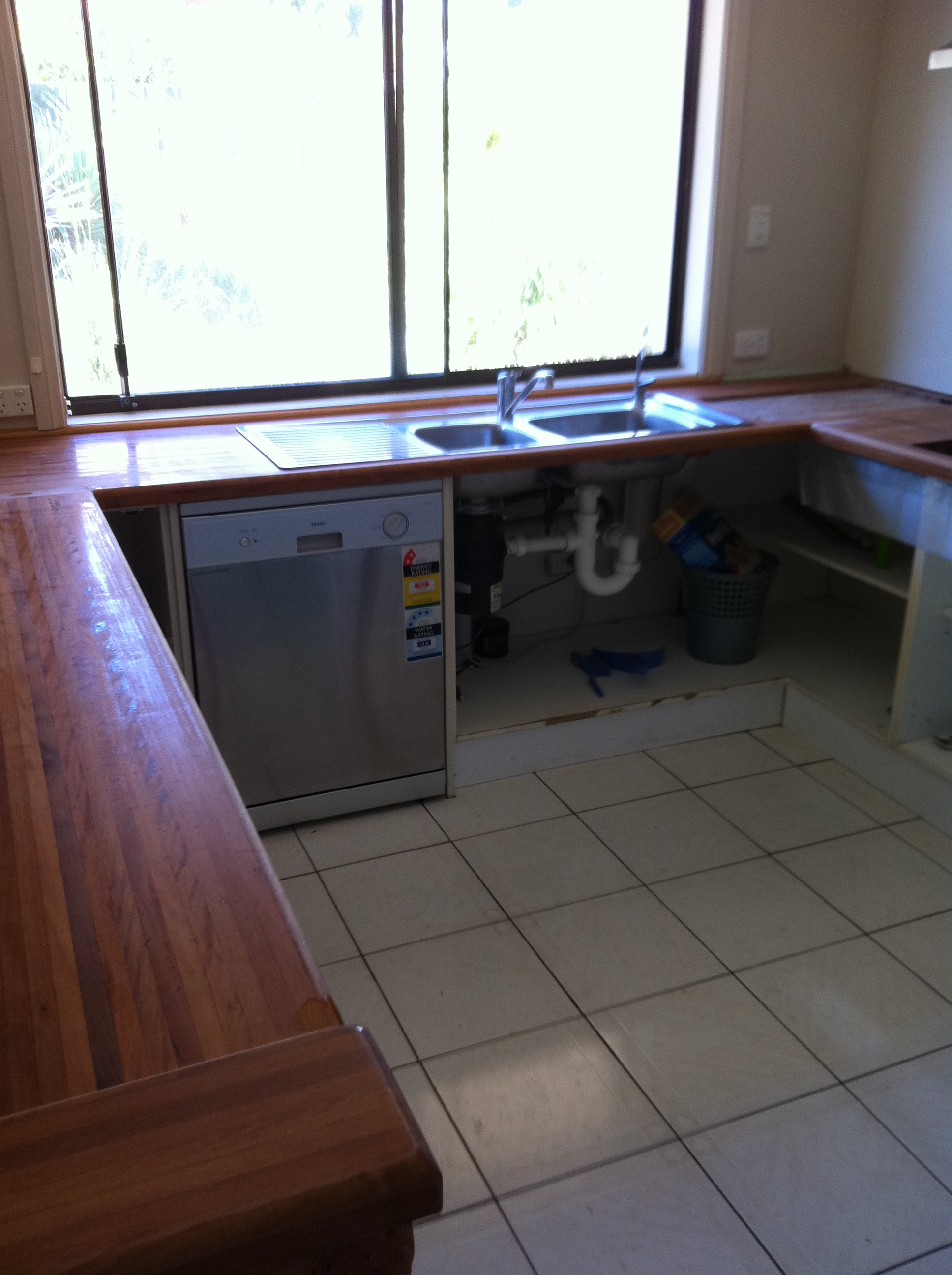 Kitchen Before Resurfacing