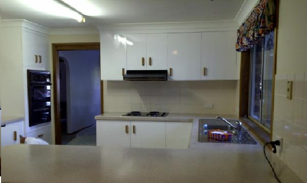 Kitchen After Resurfacing (3)