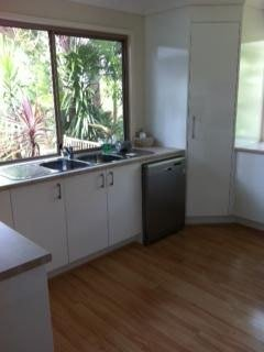 After kitchen resurfacing (5a)