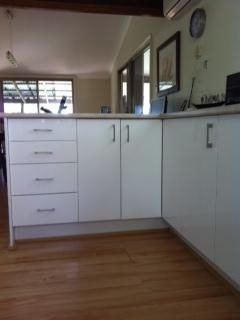 Kitchen Drawers and cupboards (5)