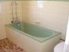Before Bathroom Resurfacing (1)