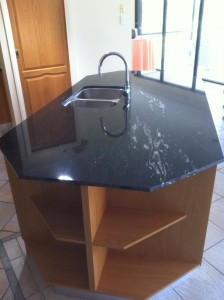 Gold Coast kitchens islands