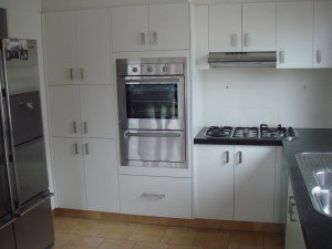 kitchen cabinets gold coast
